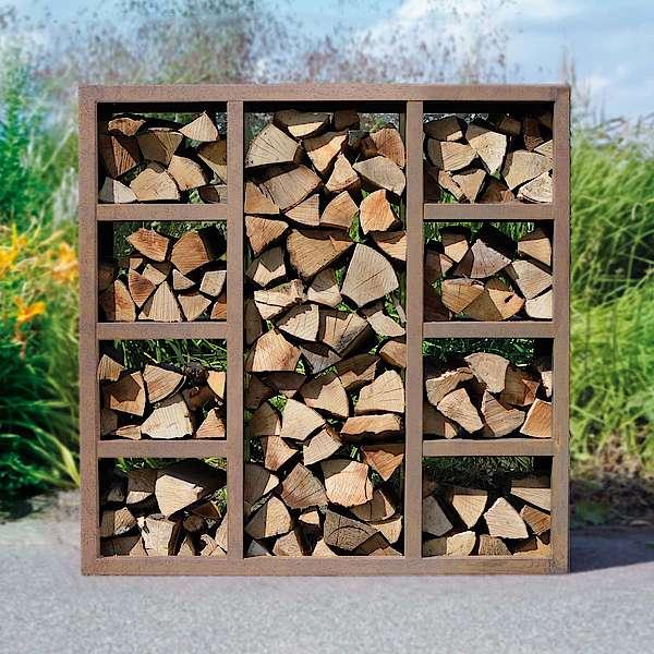 Kaminholzregale für Feuerholz aus Cortenstahl