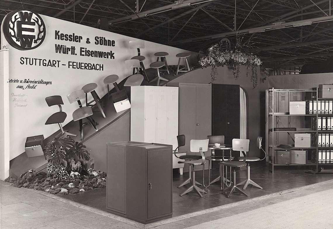 Ausstellung Büromöbel aus Stahl